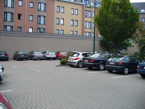 parkingmahillon.jpg